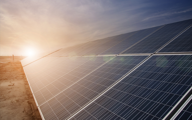 Solar Leads a Recovery in Global Clean Energy Investment